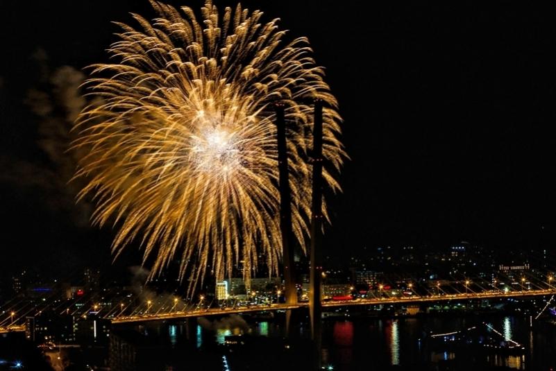 Салют в новогоднюю ночь можно будет увидеть с шести городских площадок Владивостока