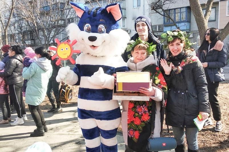 Широкая Масленица собирает на праздник в скверах, дворах и парках Находки