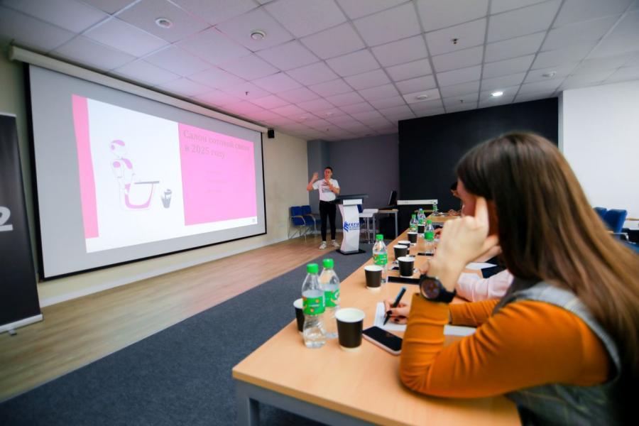 112 студентов ДВФУ претендуют на именную стипендию Tele2