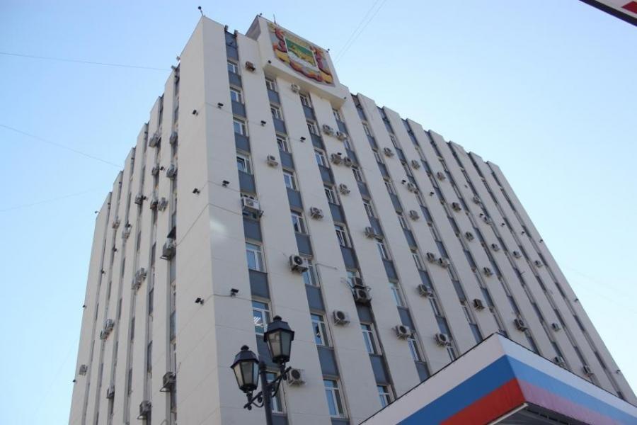 И. о. начальника управления администрации Владивостока покончил с собой в рабочем кабинете