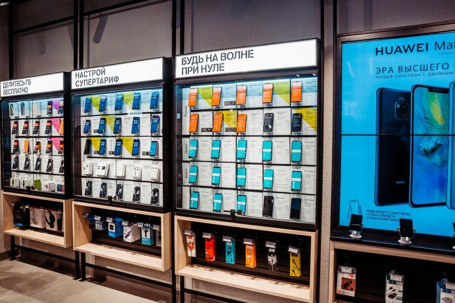 Приморские клиенты Tele2 выбирают смартфоны с большим экраном