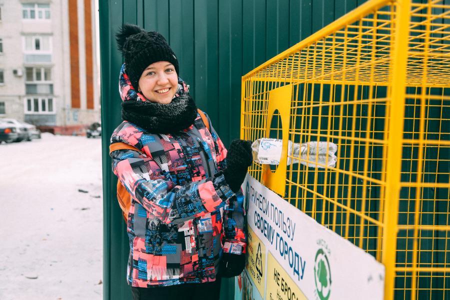 «Балтика» передала отраслевым операторам 60 новых контейнеров для сбора ПЭТ-упаковки