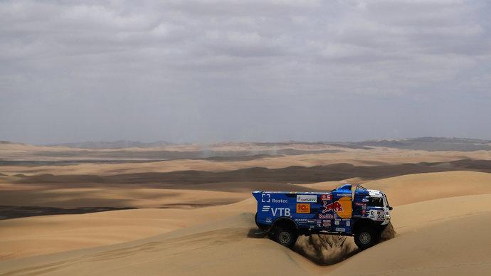 Сотников — победитель 4 этапа «Дакара», Каргинов — второй