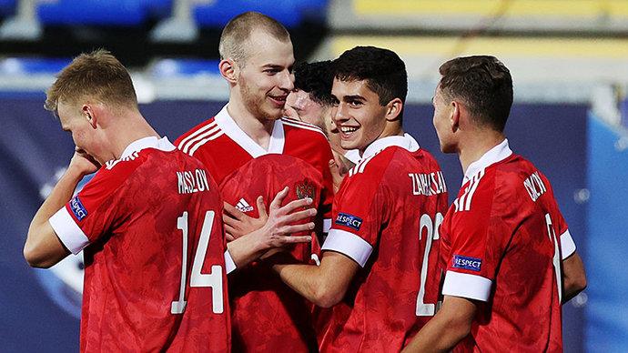 Молодежная сборная России разгромила Исландию на старте чемпионата Европы