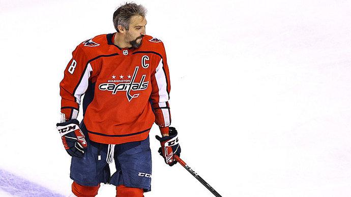 Овечкин вышел на 7-е место в истории НХЛ по заброшенным шайбам и на 4-е место по победным голам