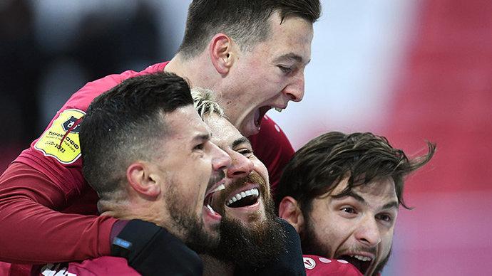 «Рубин» вырвал победу у «Зенита», Дзюба не забил пенальти на 99-й минуте