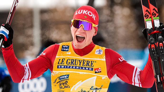 Большунов выиграл гонку с раздельным стартом на этапе Кубка мира в Фалуне