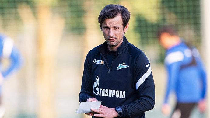 Сергей Семак: «Нам проще оценить состояние Азмуна, если он выйдет в основе. Непонятно, на сколько бы его хватило во втором тайме»