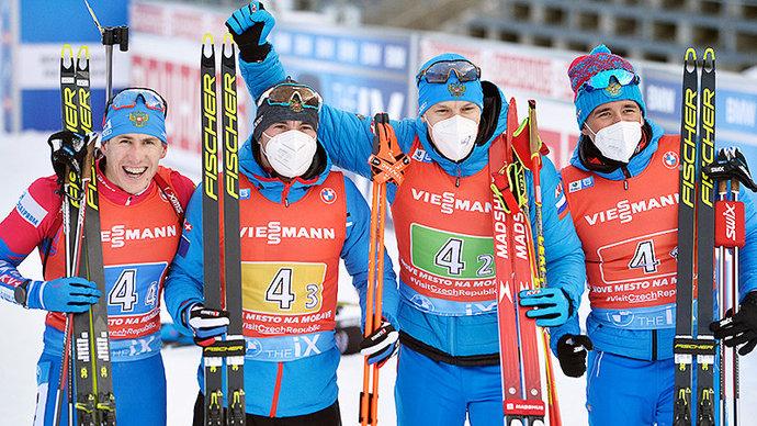 Российские биатлонисты завоевали серебро в эстафете на этапе КМ в Нове-Место