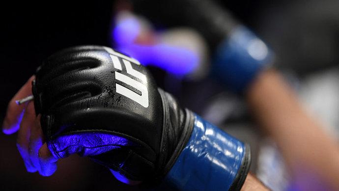 Усман защитил титул в бою с Бернсом на турнире UFC 258