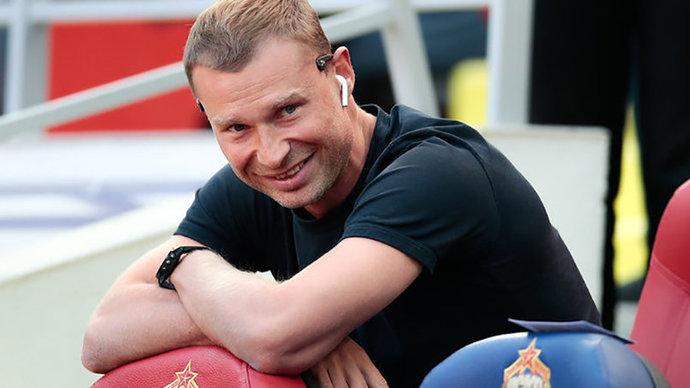 Алексей Березуцкий не принял окончательного решения об уходе из ЦСКА. У него разногласия с Бабаевым
