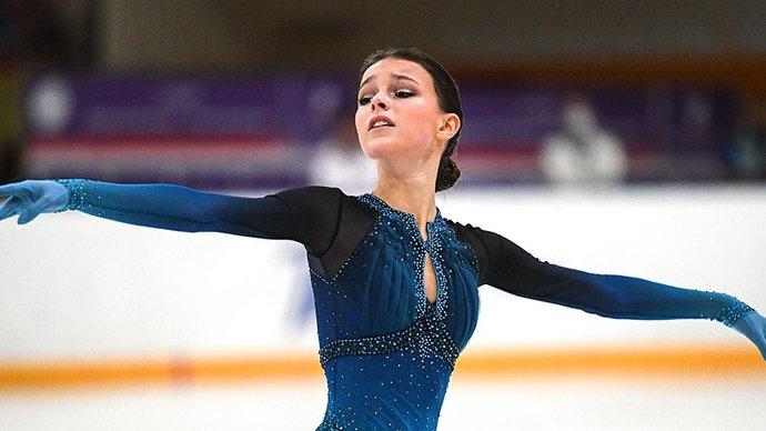Щербакова выиграла короткую программу на чемпионате России, опередив Валиеву и Трусову
