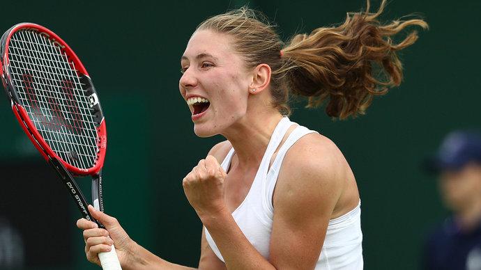 Александрова обыграла чемпионку «Ролан Гаррос» Швентек на турнире в Мельбурне