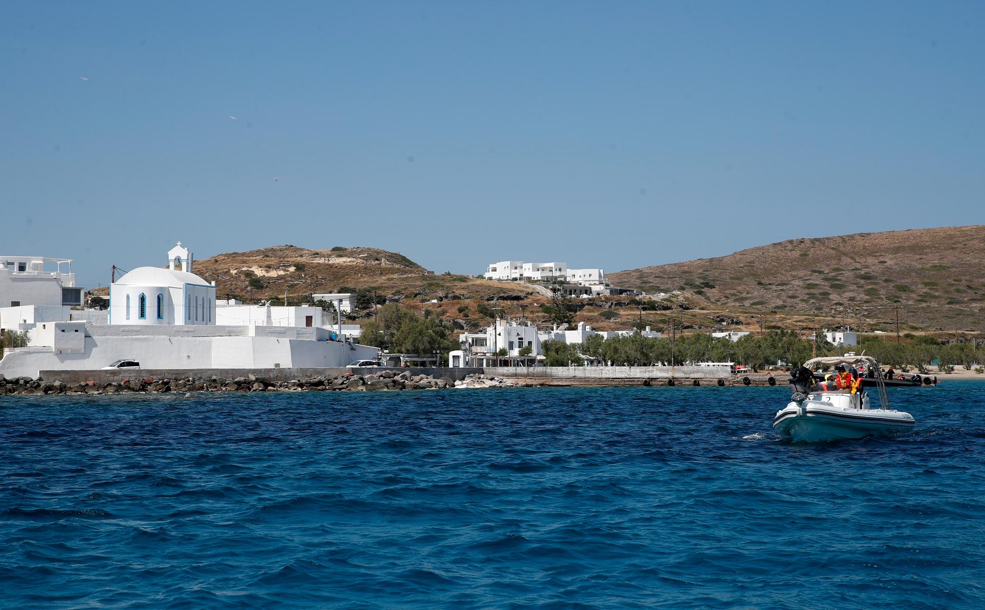 Греция продлила разрешение на въезд для 1000 россиян