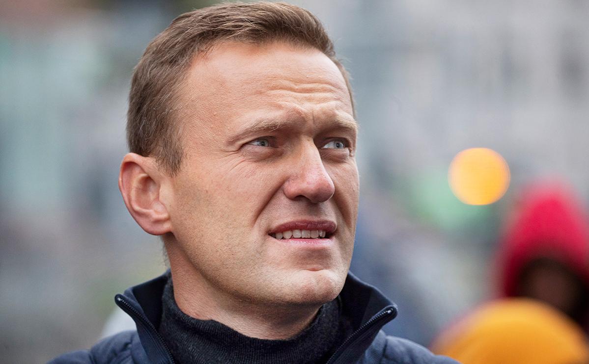 Песков ответил фразой «Путин не бьется в истерике» на вопрос о Навальном