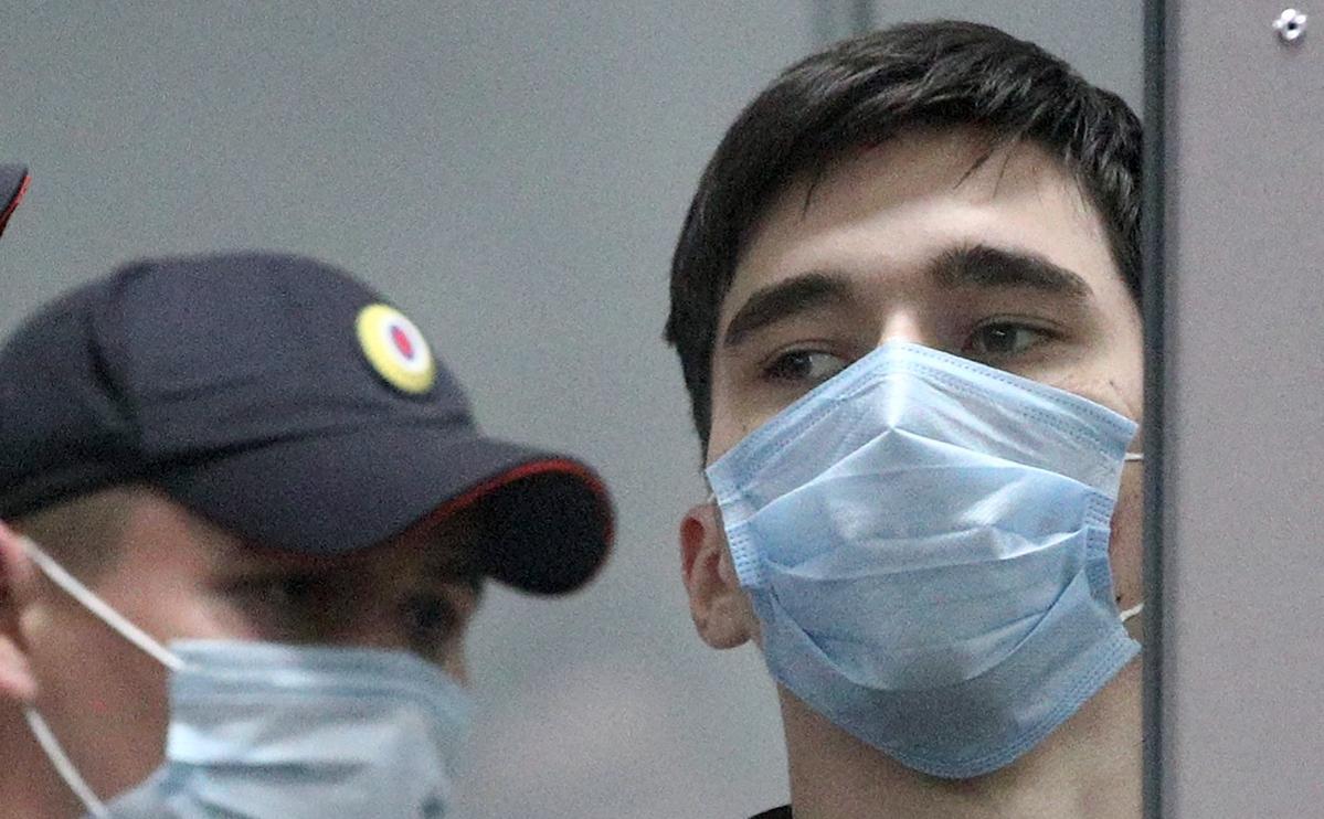 Казанский стрелок признал вину и заявил об отсутствии тяжелых заболеваний