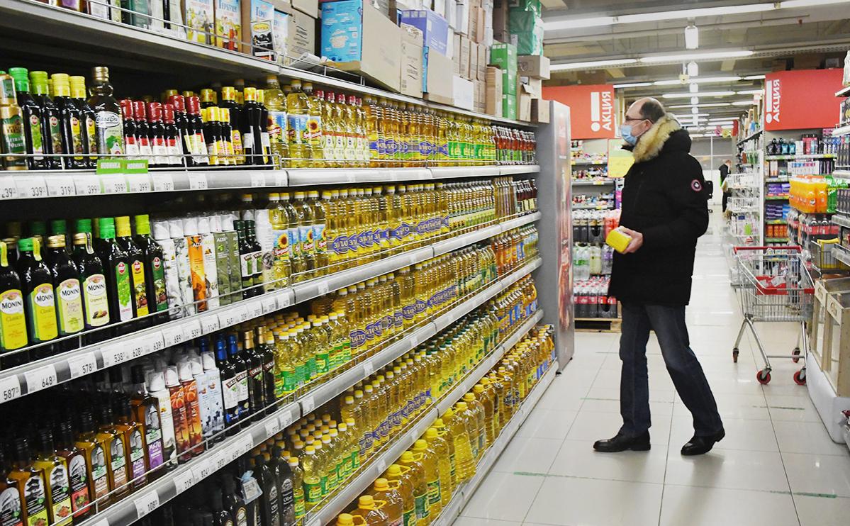 Кремль заявил о контроле Путиным ситуации с ценами на продукты