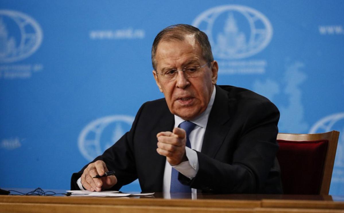 Лавров потребовал от госсекретаря США уважать российские суды