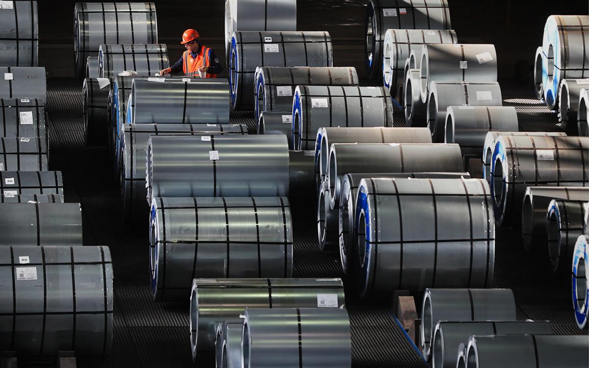 Власти направят деньги от пошлин на металлы на компенсацию их удорожания