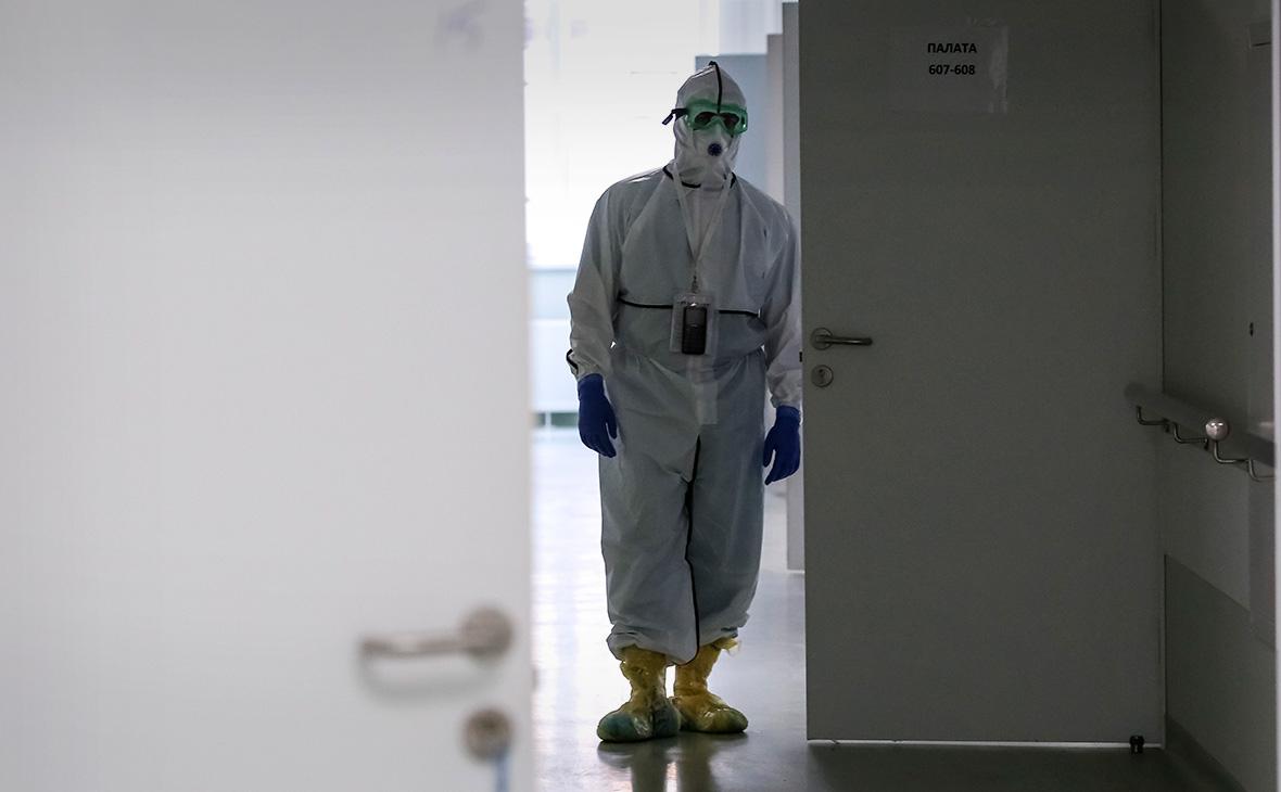 От коронавируса в России за сутки умерли 559 человек
