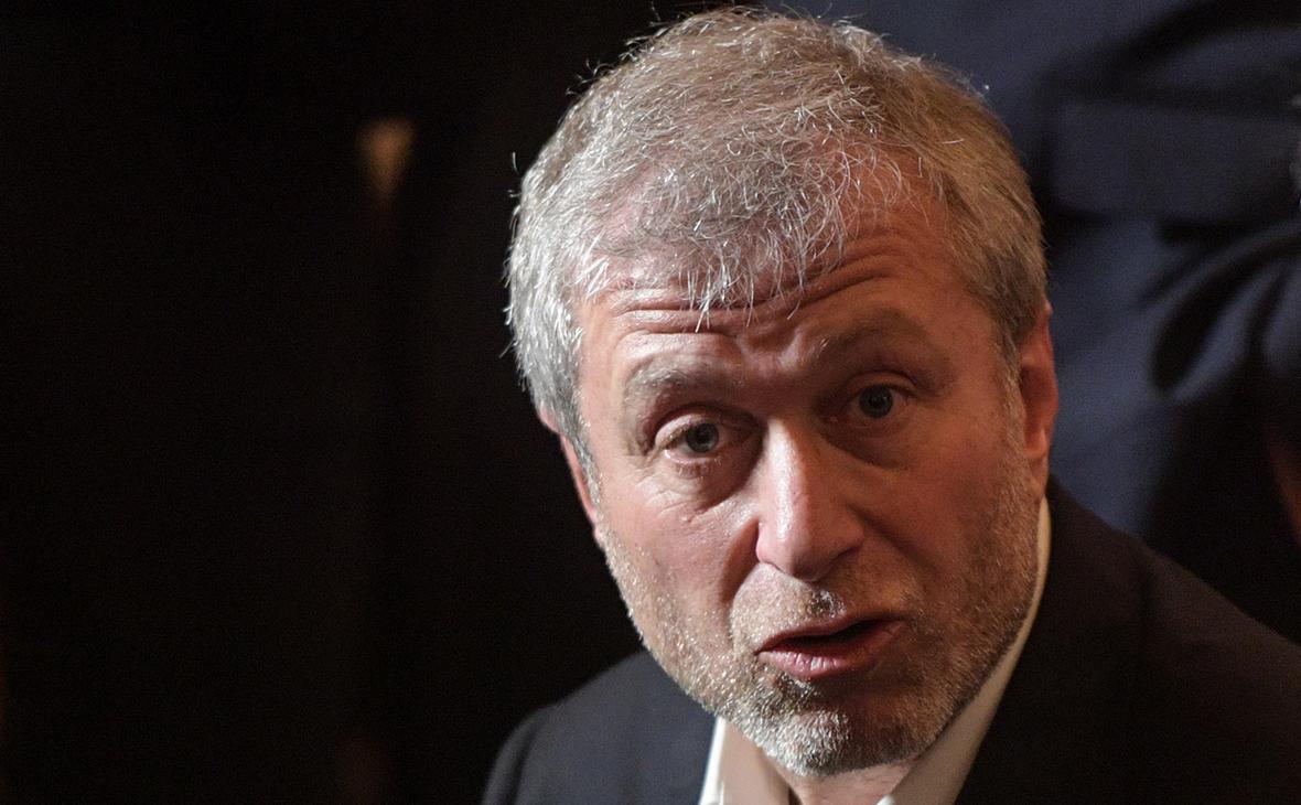 Абрамович подал в суд на издателя книги «Люди Путина»