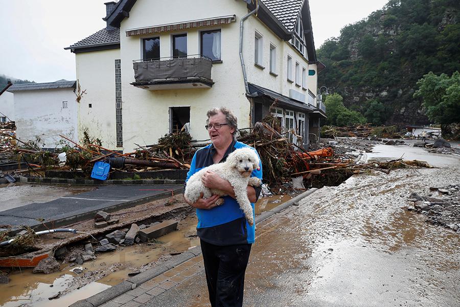Число погибших после наводнения в Германии увеличилось до 133