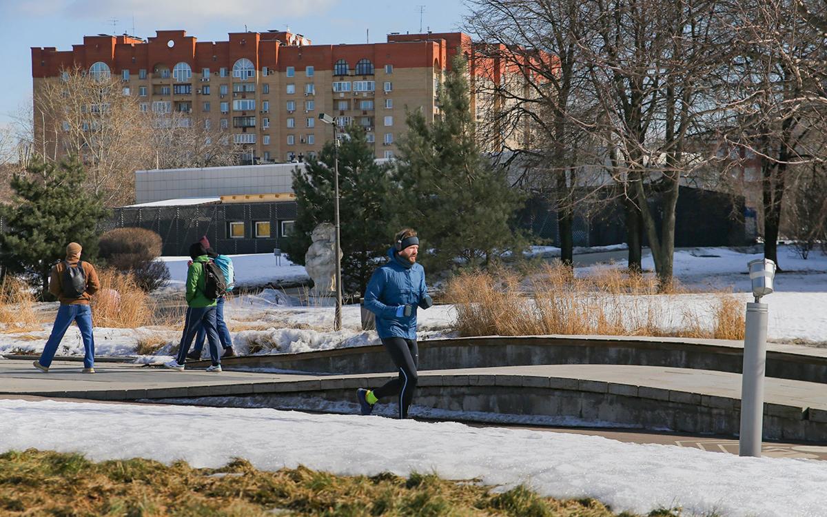 Синоптики рассказали, когда в Москве растает снег