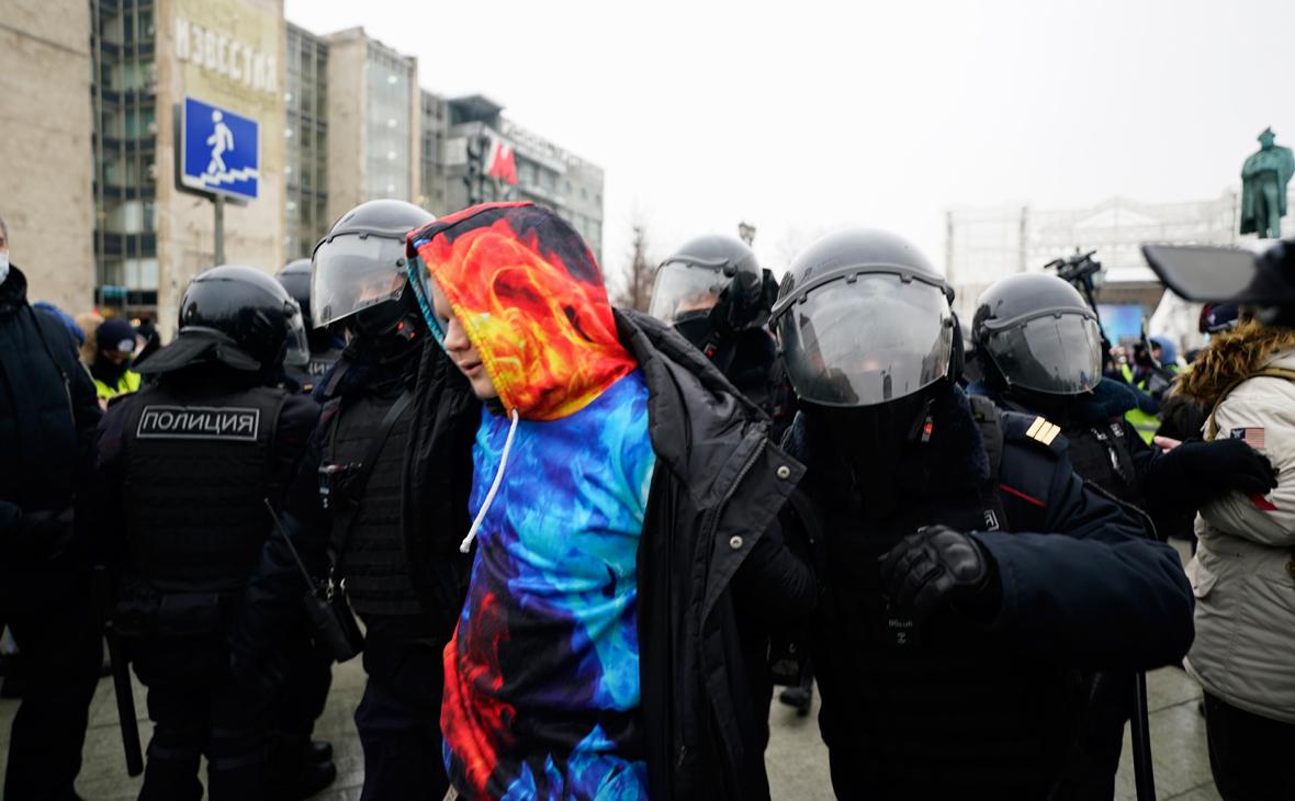 Полиция Москвы предостерегла от участия в новых акциях за Навального