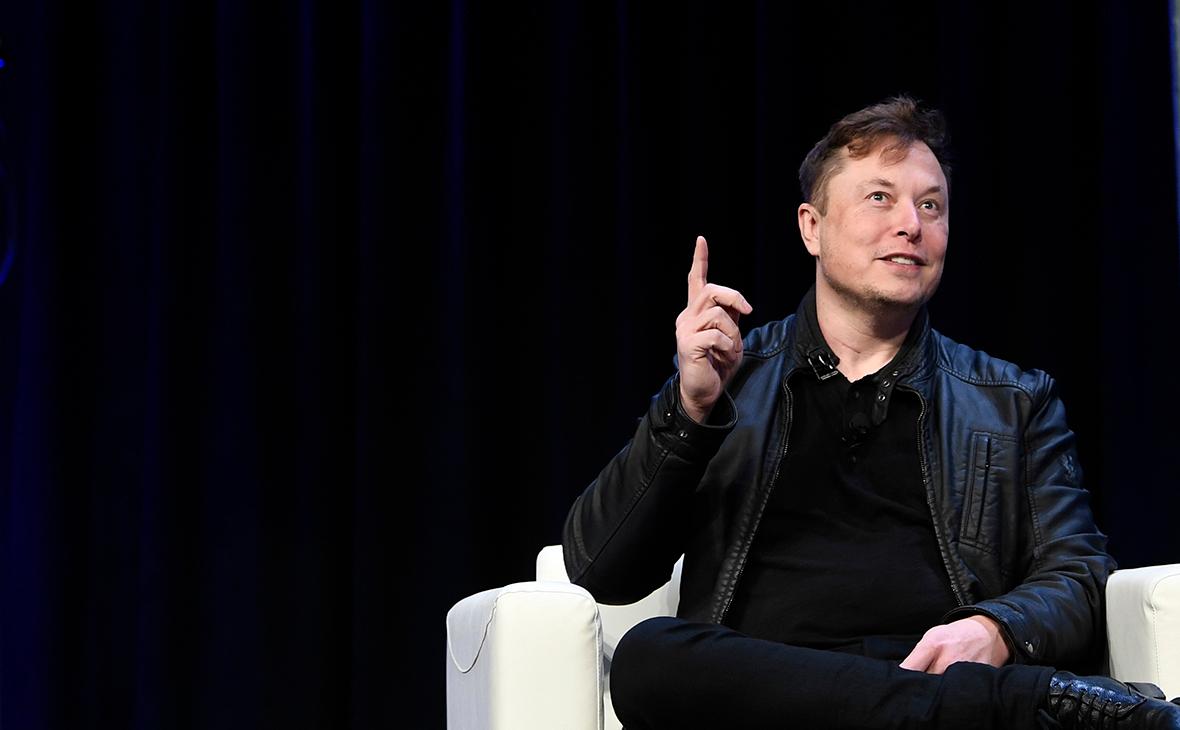 Маск оценил идею объединить SpaceX, Tesla и Neuralink в мегакорпорацию