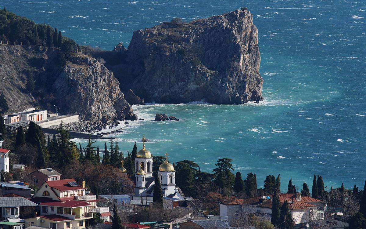 Зеленский одобрил стратегию по «деоккупации» Крыма
