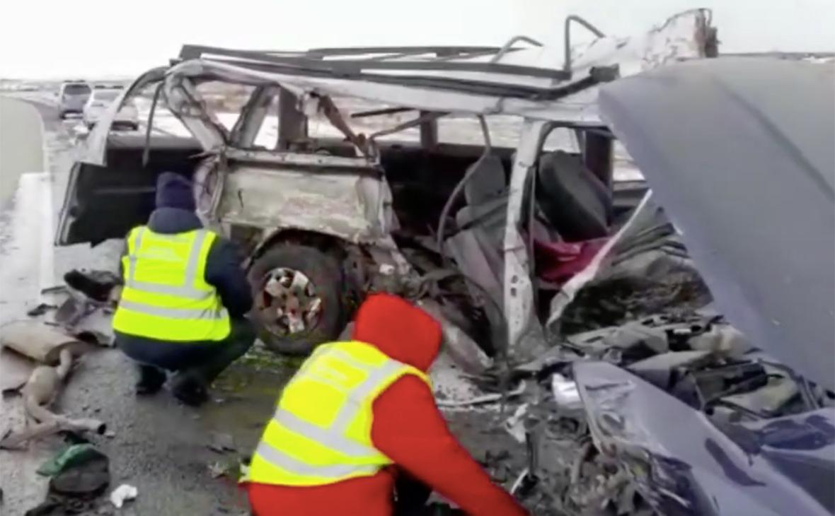 Под Красноярском в ДТП с тремя машинами погибли три человека