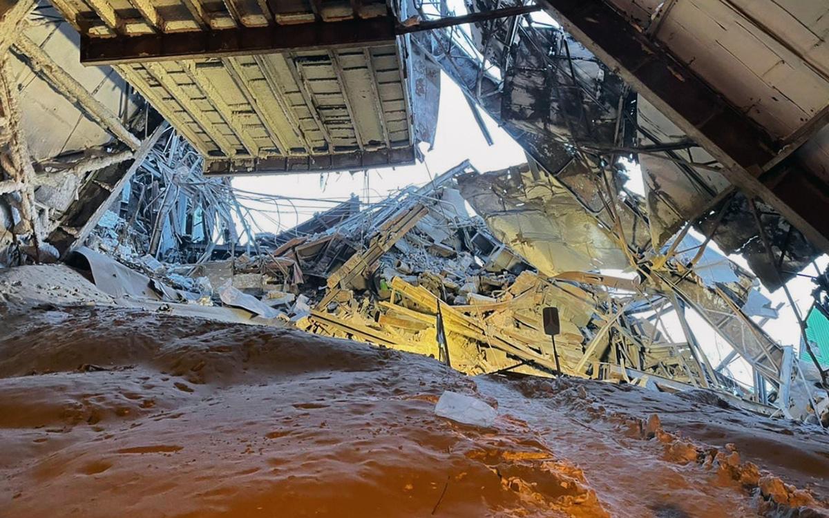 Число погибших при обрушении на фабрике в Норильске увеличилось до трех