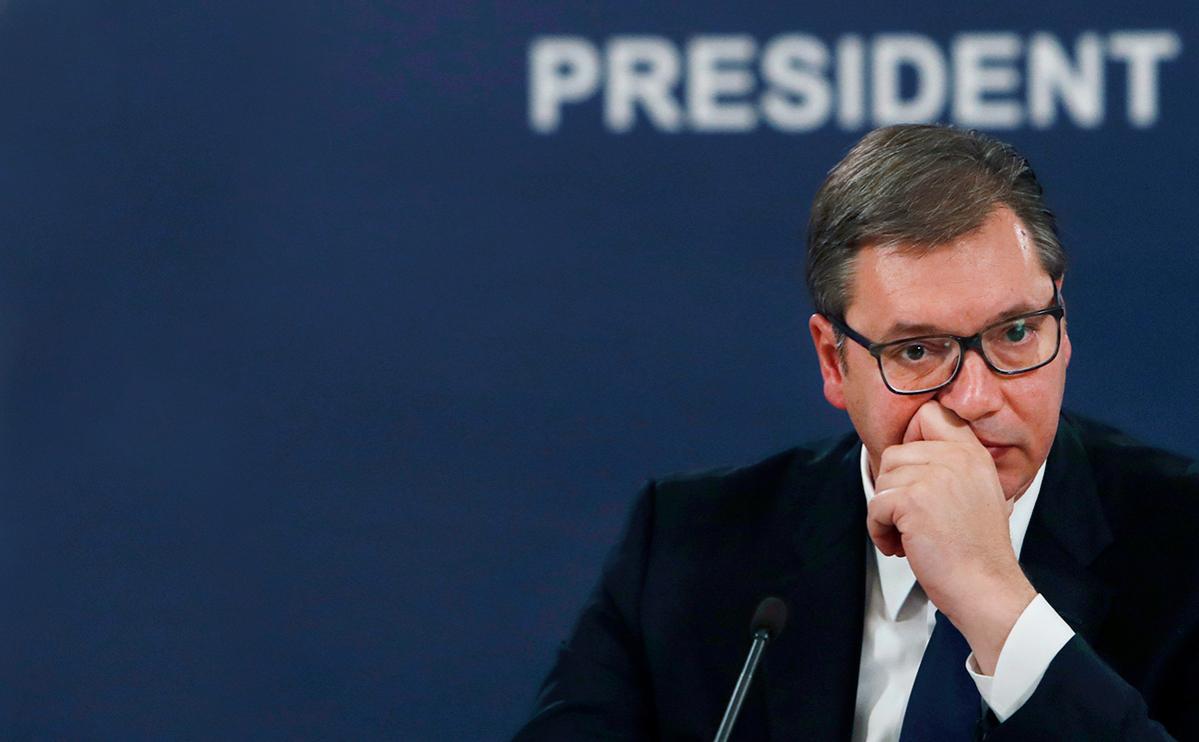 Глава МВД Сербии заявил о незаконной прослушке президента Вучича