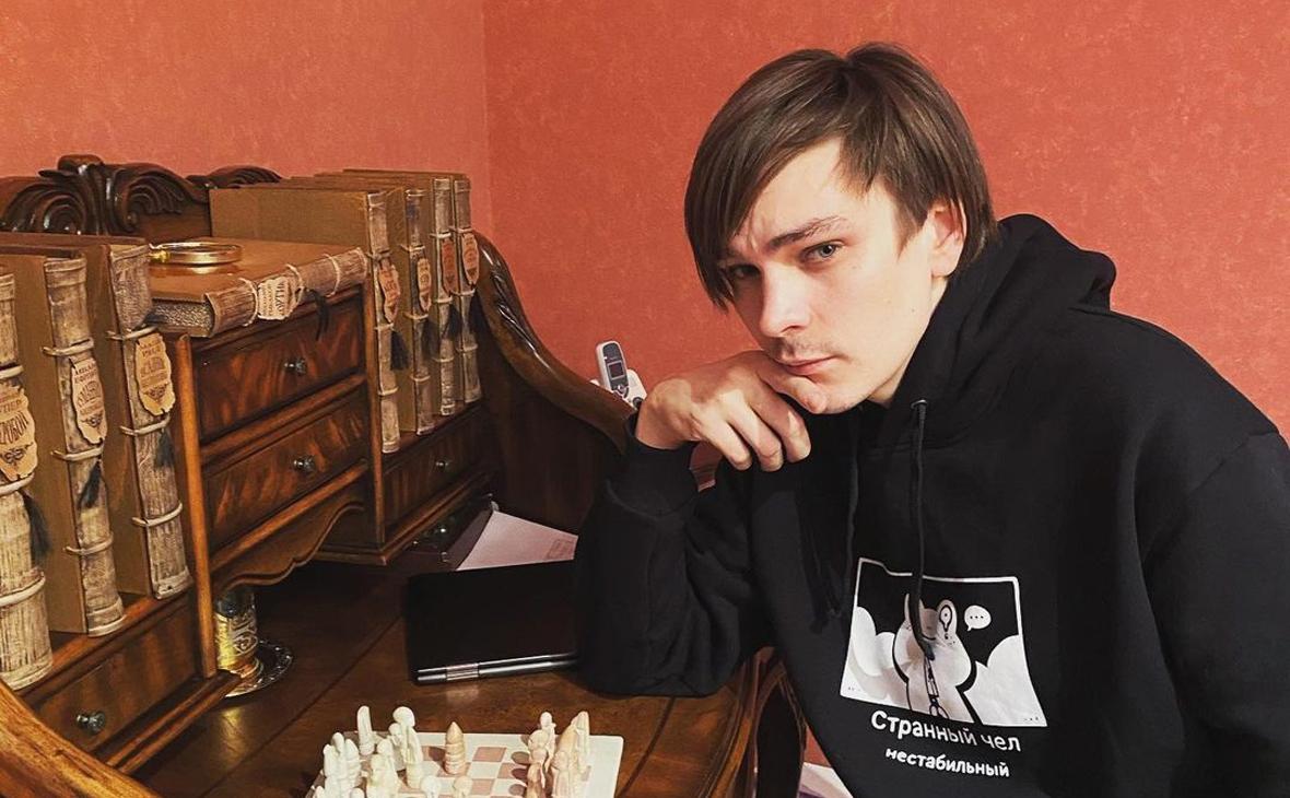 Рэпера Гнойного задержали за участие в акции в Петербурге