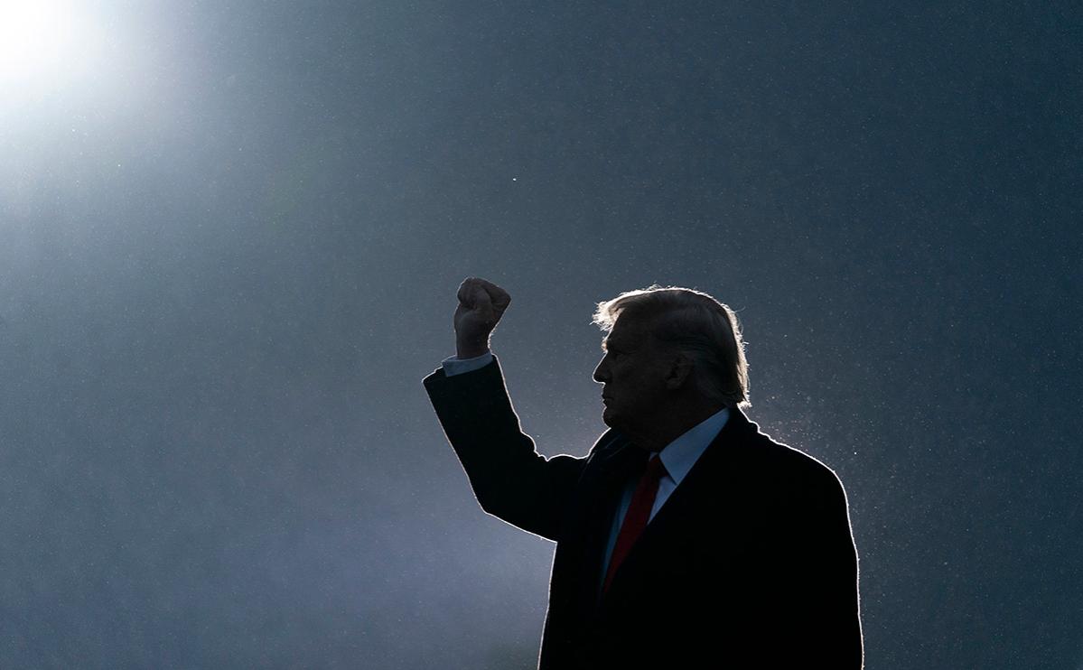 Трампа заблокировали в соцсетях. Законно ли это
