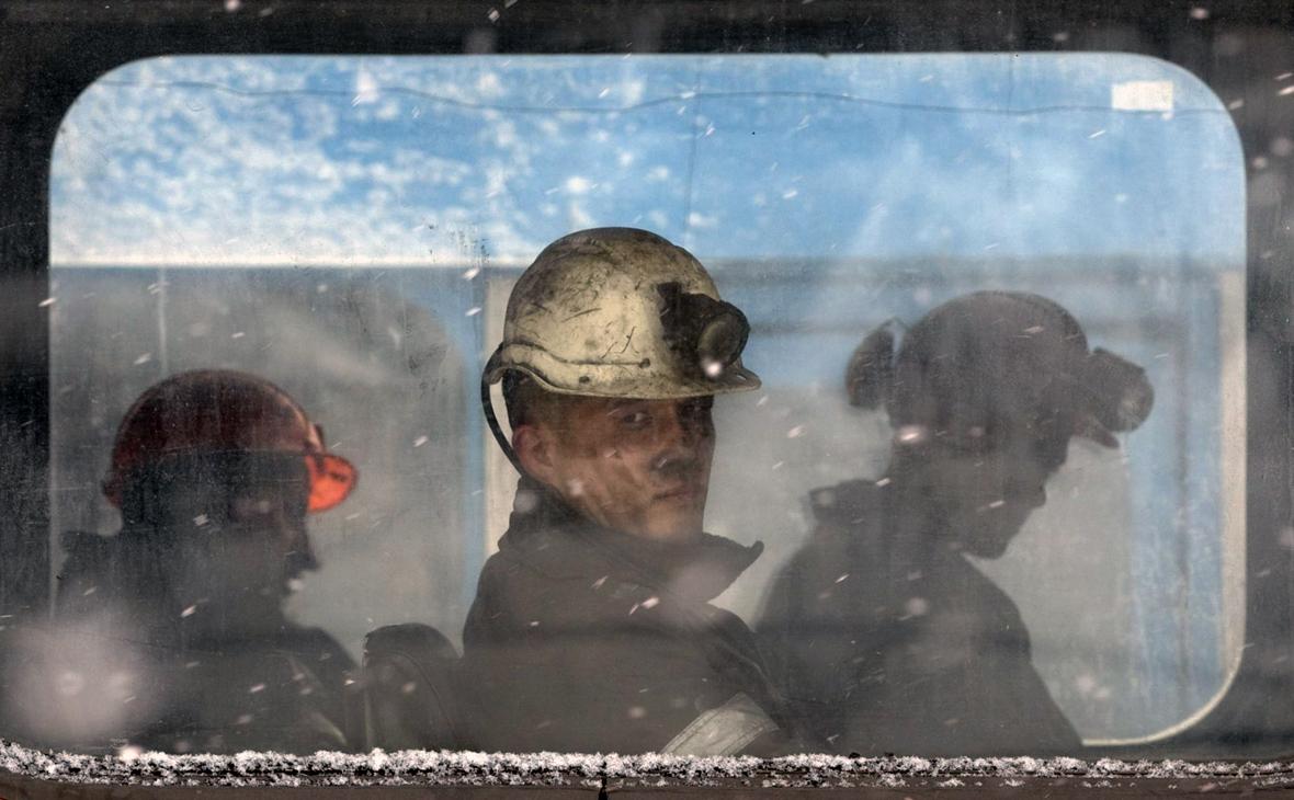 Мишустин поручил разобраться с выплатами зарплат на шахте «Алексиевская»