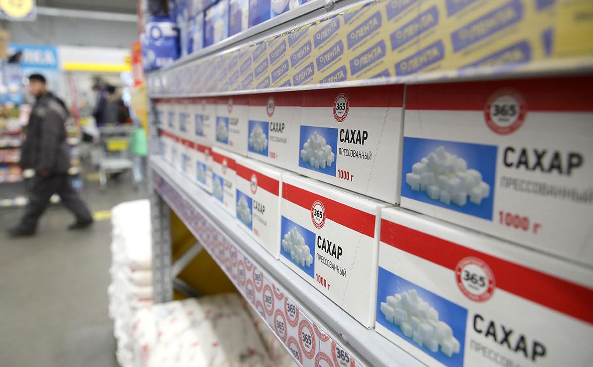 Глава Минсельхоза назвал сроки снижения цен на сахар и масло
