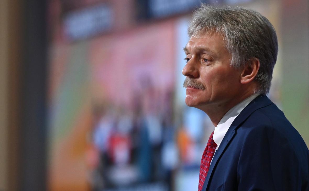 Песков не увидел связи между вакцинацией Путина и доверием к «Спутнику V»