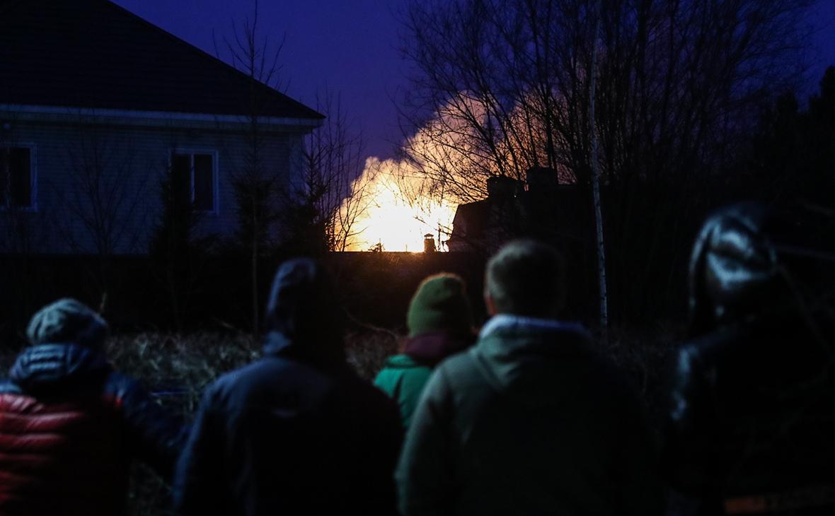 Дом мытищинского стрелка загорелся после семи часов боя