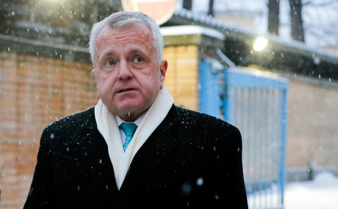 Посол США в Москве отказался от предложения МИДа привиться «Спутником V»