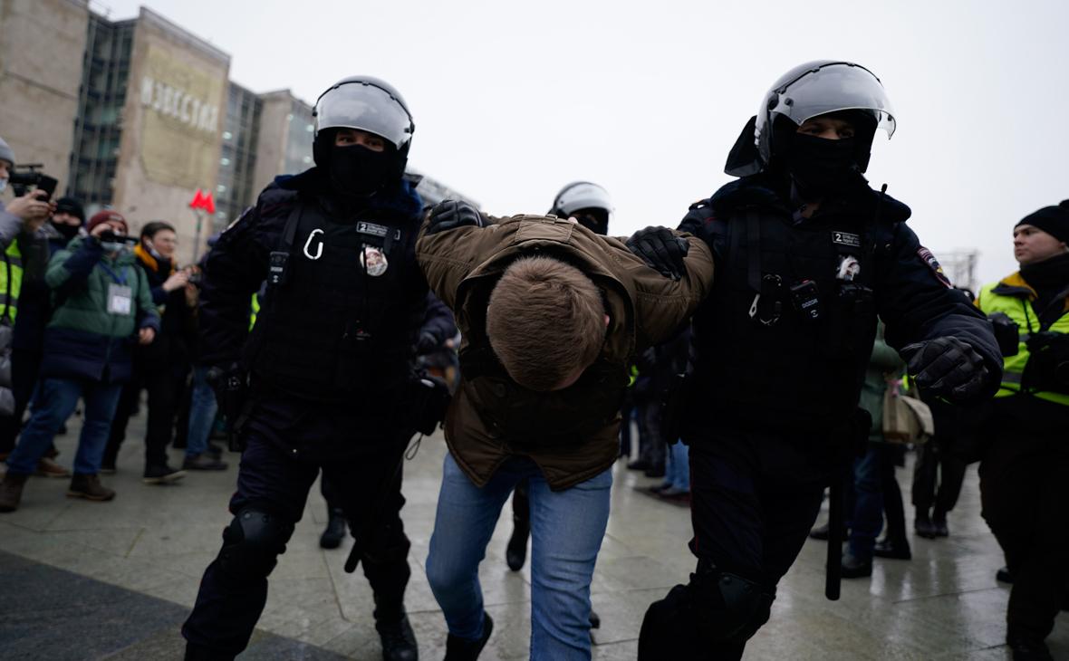 Правозащитники сообщили о почти 3,5 тыс. задержанных на митингах