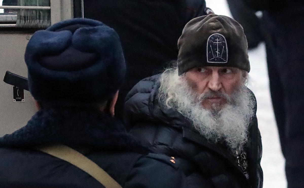 Суд арестовал бывшего схиигумена Сергия по делу о склонении к суициду