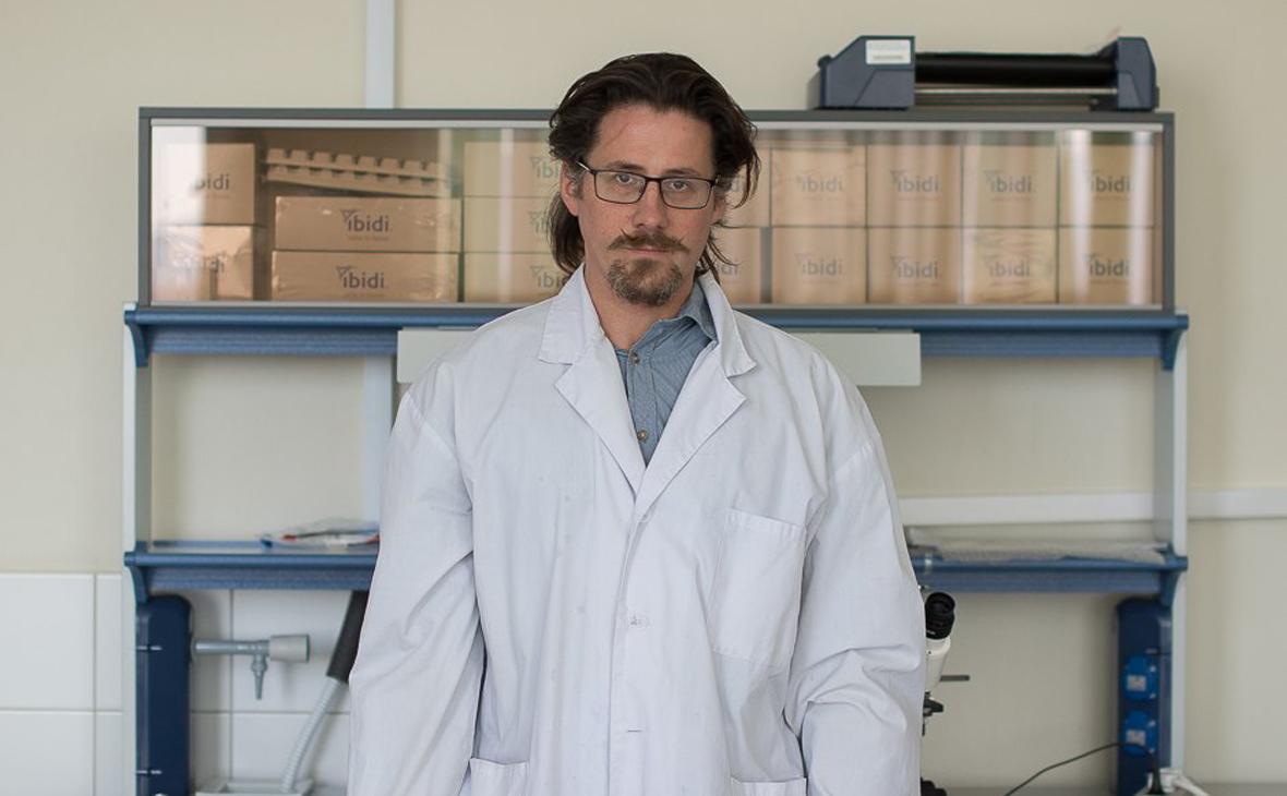 В Петербурге нашли мертвым разрабатывавшего лекарство от рака ученого