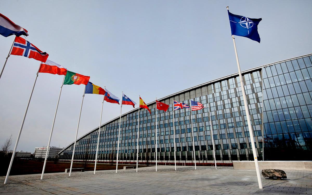 НАТО назвало Россию в числе главных угроз вместе с терроризмом и COVID-19