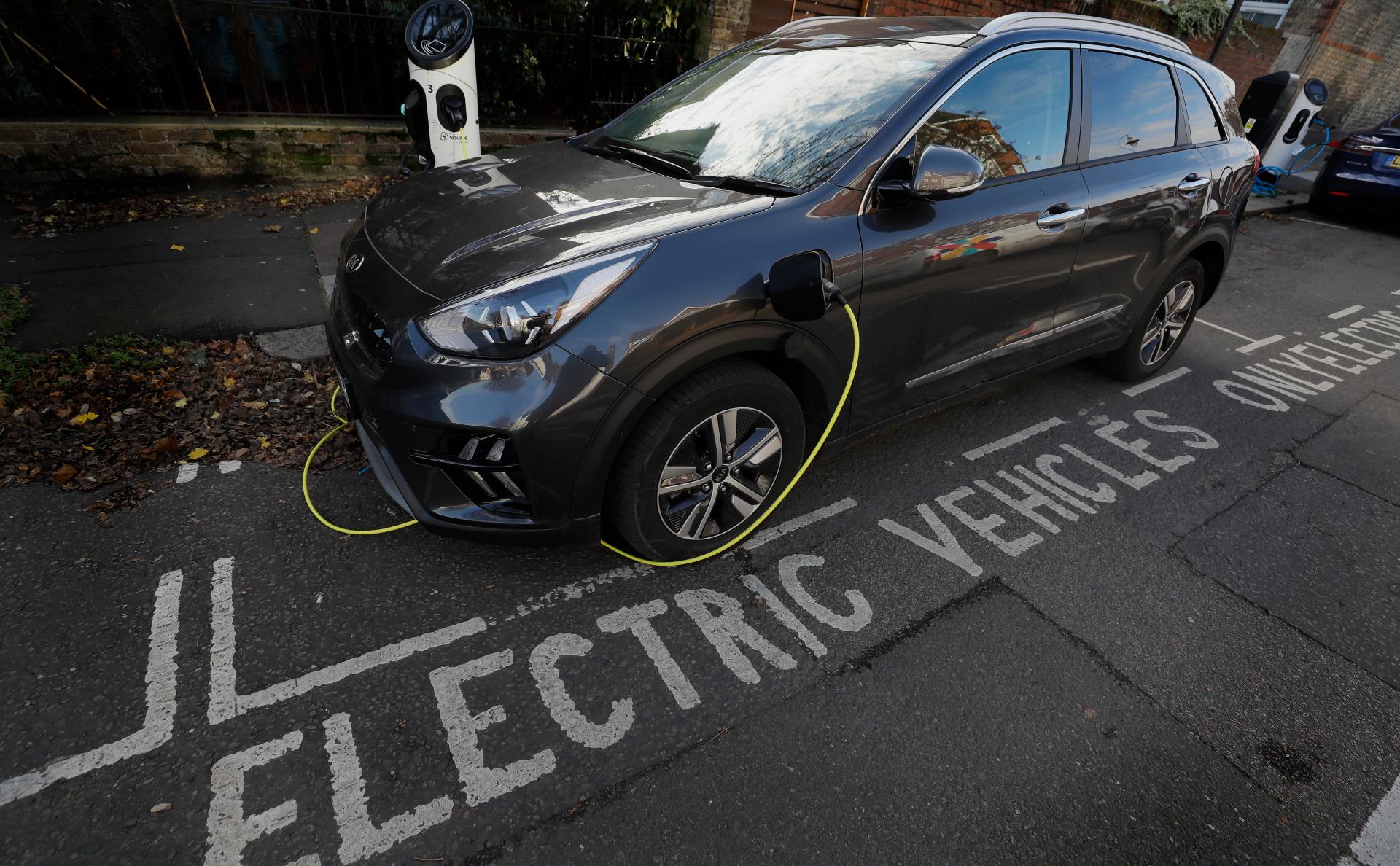 Привлекший инвестиции Абрамовича стартап создал батареи для электрокаров