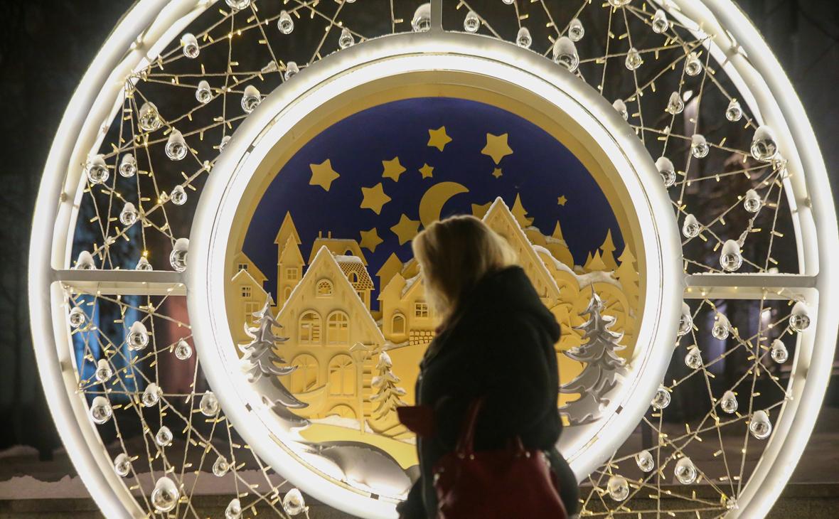 Россияне оценили влияние запретов по COVID на планы встречи Нового года
