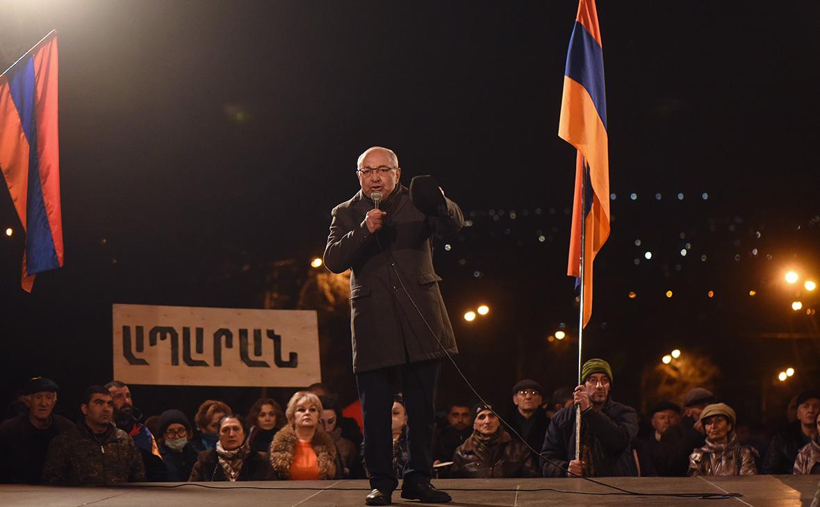 Оппозиция Армении отказалась от досрочных выборов без отставки Пашиняна