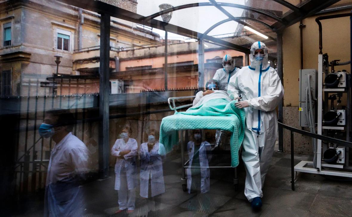 В Москве за сутки от коронавируса умерли 76 человек