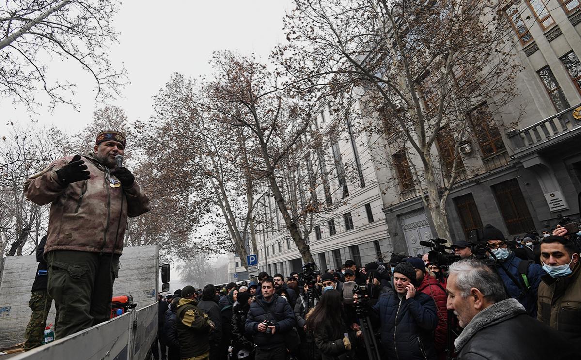 В Ереване протестующие в очередной раз потребовали отставки Пашиняна