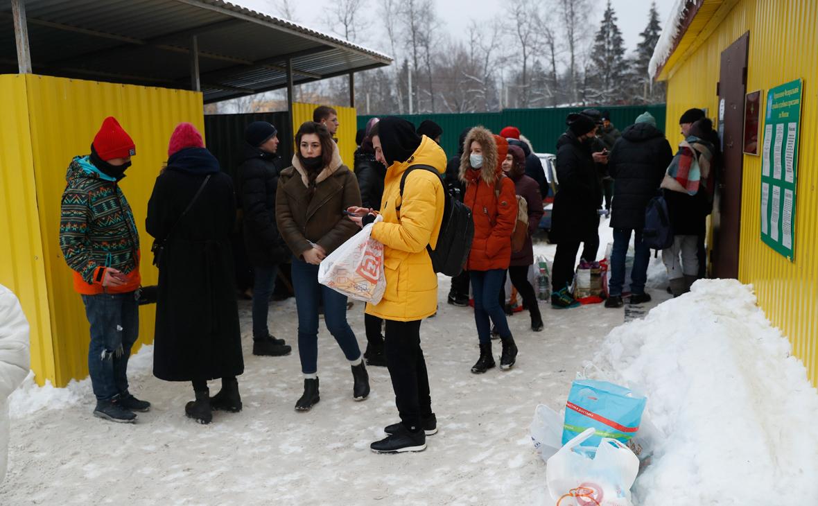 В ОНК сообщили о блокпосте для встречающих арестантов из Сахарово